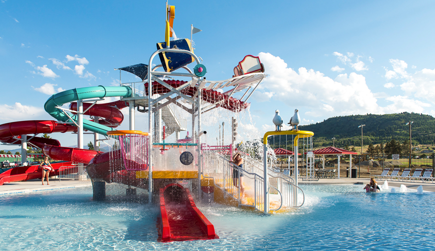 aquatic water parks